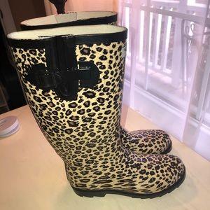 Rubber Rain Boots- cheetah print - size 8